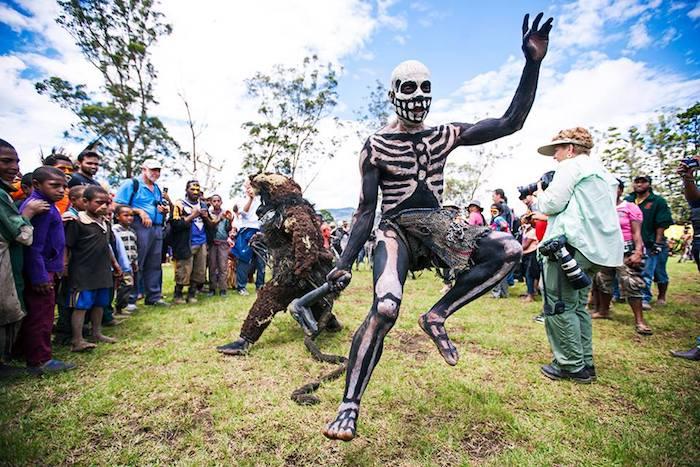 Death dance PNG